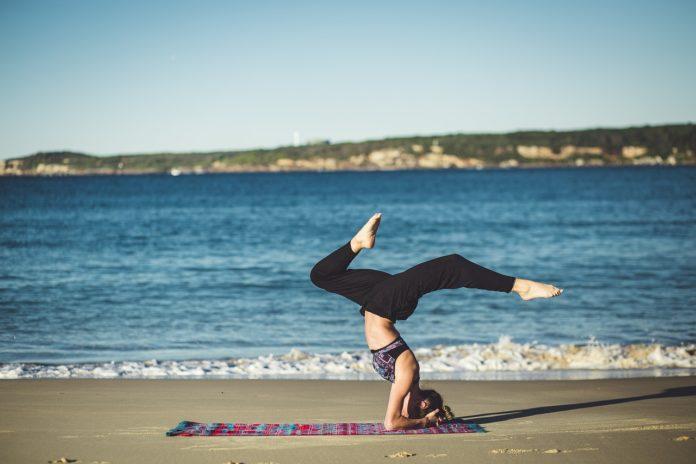 10 bí quyết tập yoga thành công