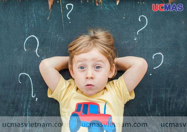 Đưa ra những câu hỏi phủ định cho trẻ rèn luyện tư duy phản biện