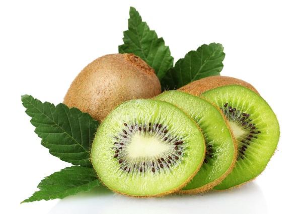 Cách trị nếp nhăn ở mắt bằng quả Kiwi
