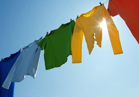 Hạn chế giặt quần áo vào ngày trời âm u