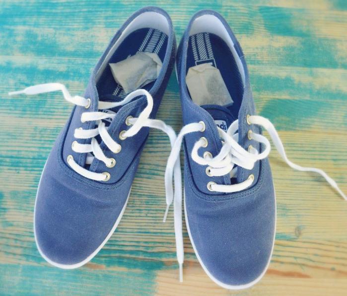 Khử nhanh mùi hôi của giày