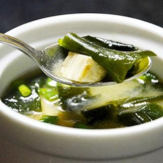 Cách nấu Canh Rong Biển Đậu Hũ thanh mát, bổ dưỡng | Cooky.vn