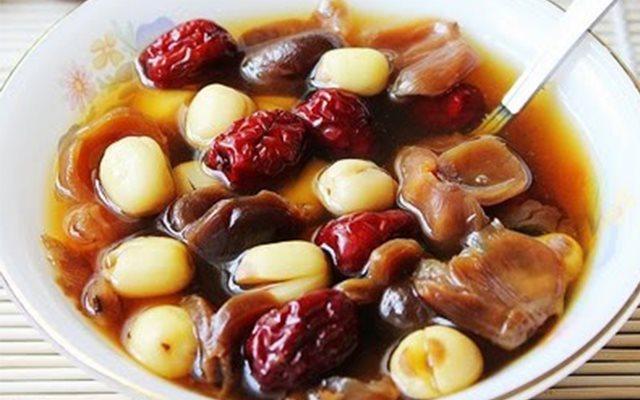 Cách Nấu Chè Hạt Sen Nhãn Nhục Táo Đỏ Giải Nhiệt | Cooky.vn