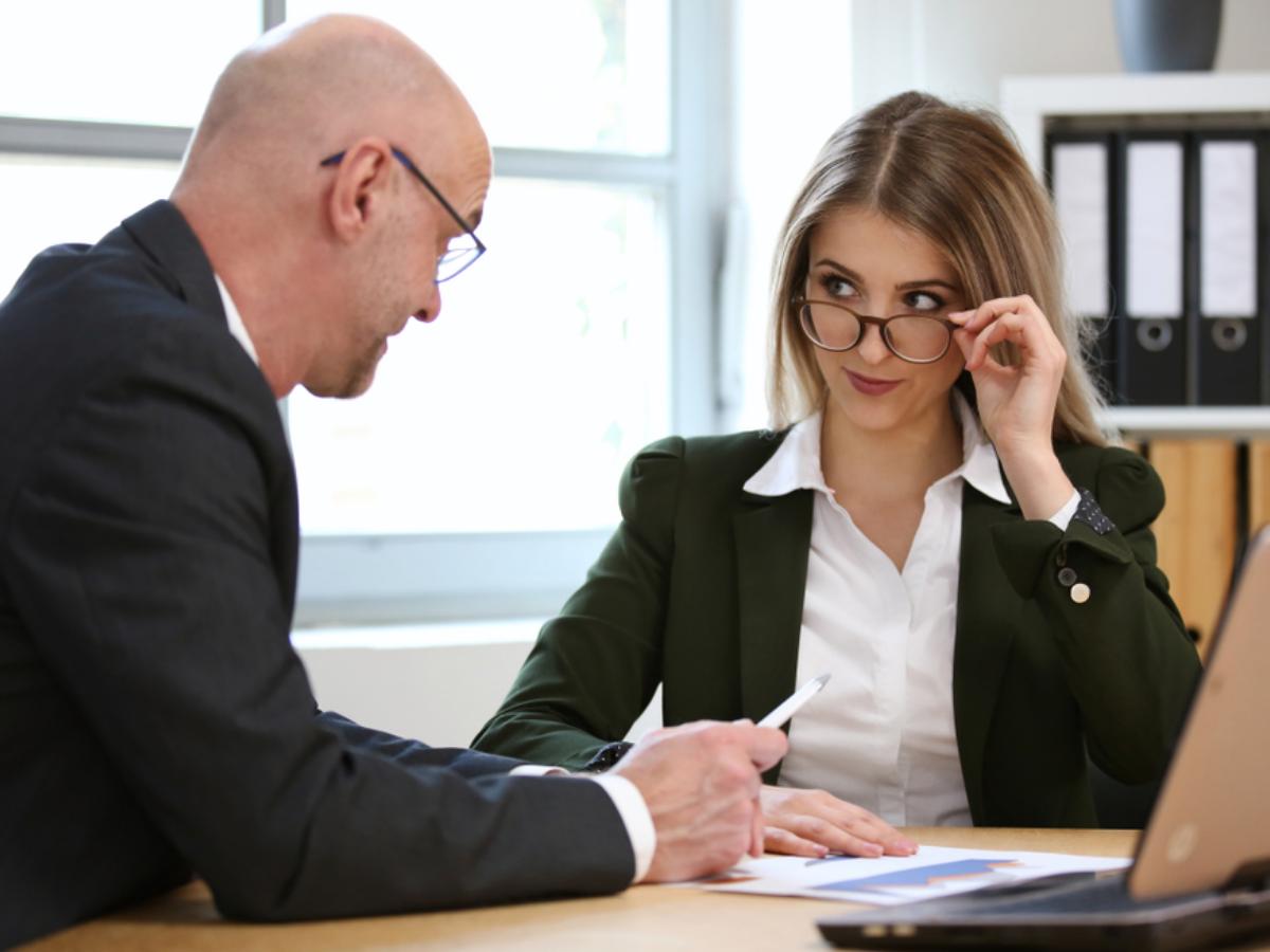 Nhân viên không tôn trọng sếp vì 10 lý do sau và mẹo hóa giải dễ