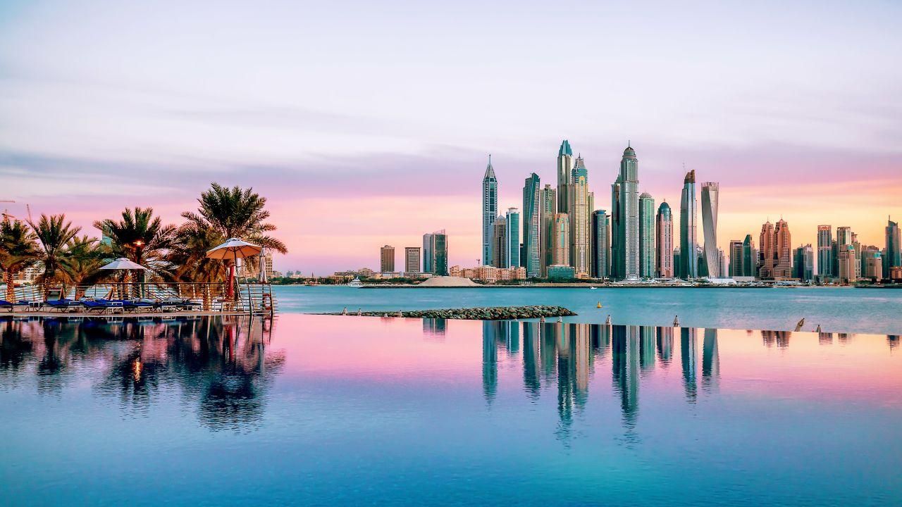 Du lịch Dubai - Abudhabi - Trải nghiệm cảm giác ở trên trời