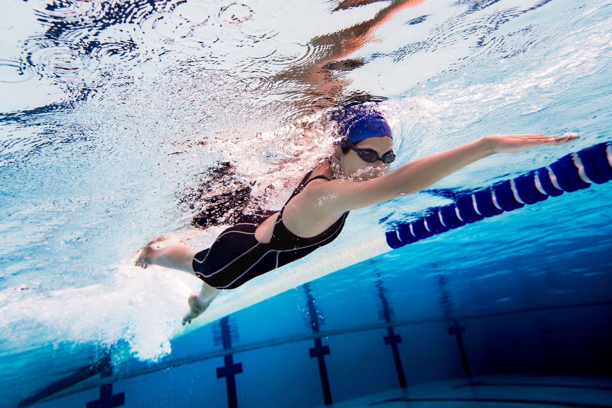 Mách mẹo bơi lội giúp giảm cân cho người mới bắt đầu